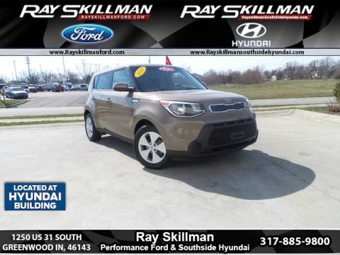 Pre Owned 2015 Kia Soul BASE FWD Hatchback