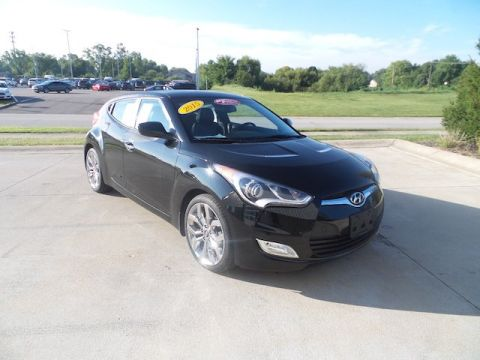 Certified Pre-Owned 2015 Hyundai Veloster 3DR CPE AT